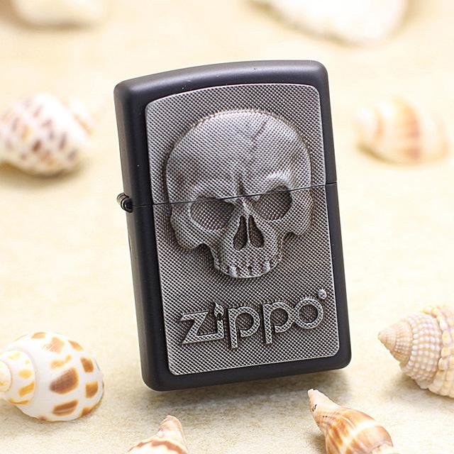 zippo打火机黑哑漆贴章骷髅2.003.546